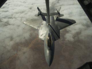 f-22-raptor-2663601_960_720